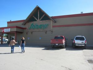 We met up with Ken and Bernice at Sobey's in Sunre, Alberta.